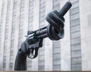 gun with a knot