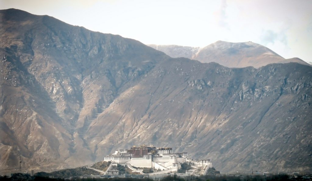 Large-scale Losar festivities have been curtailed in Lhasa.