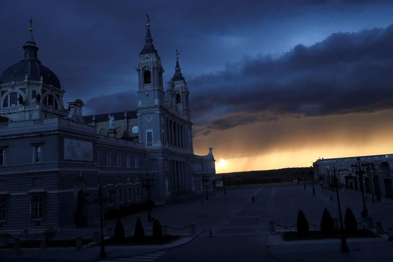 La Almudena Cathedral and the Royal Palace d